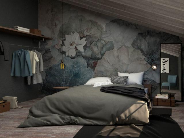 Render di una camera padronale mansardata in stile vintage molto accogliente con pavimento in parquet e soffitto in legno sbiancato, pareti verde scuro e la parete di sfondo al letto con una carta da parati con grandi fiori con colorazione blu-verde stile acquarello.